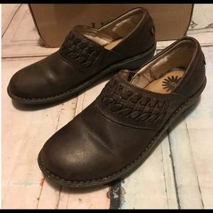 UGG Brown Leather Slip On Loafers Size 8